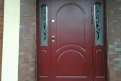 Drzwi z doświetlami obłożone MDF lakierowanym