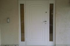 Drzwi stalowe z szybami